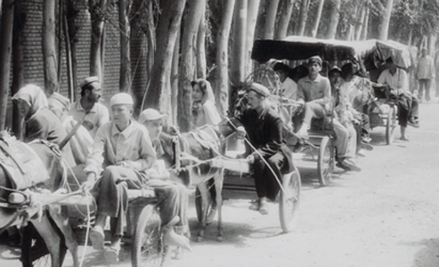 arriving-at-hotan-market.jpg