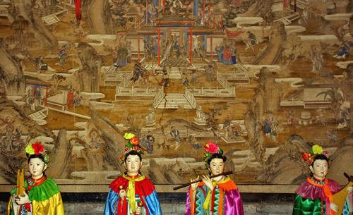 Amazing Statues Cangyan Shan