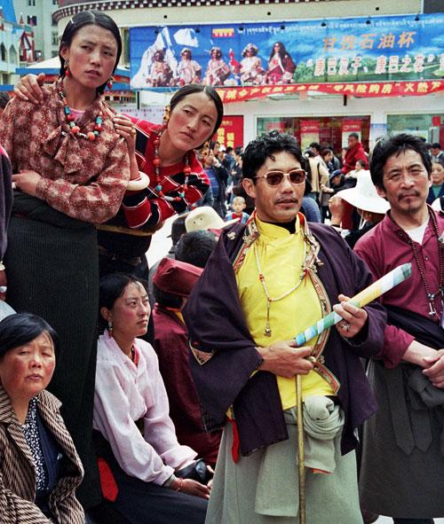 Kangding in wilder times 2004