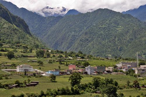 Bingzhongluo Gateway to Tibet