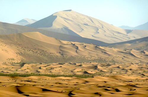 Badan Jilin Shamo The World's Highest Sand Dunes