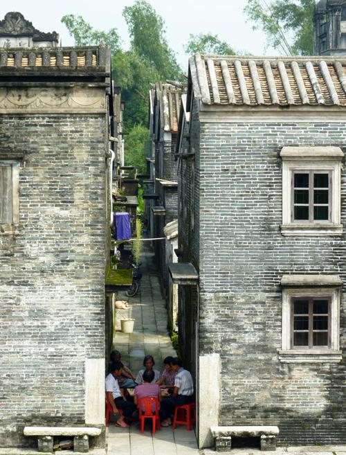 Locals in Jinjiangli 锦江里
