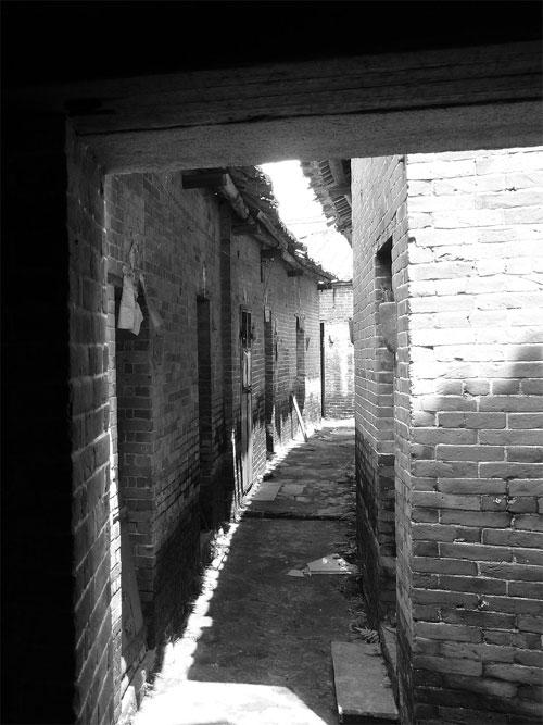 Old Alley Licha Cun