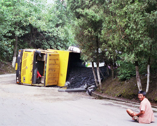 Accidents do happen. This truck driver had a lucky escape