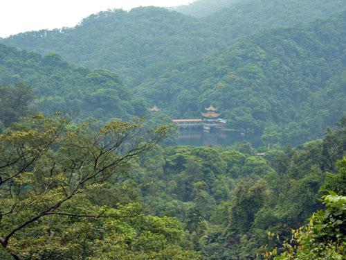Dinghu Shan Lake