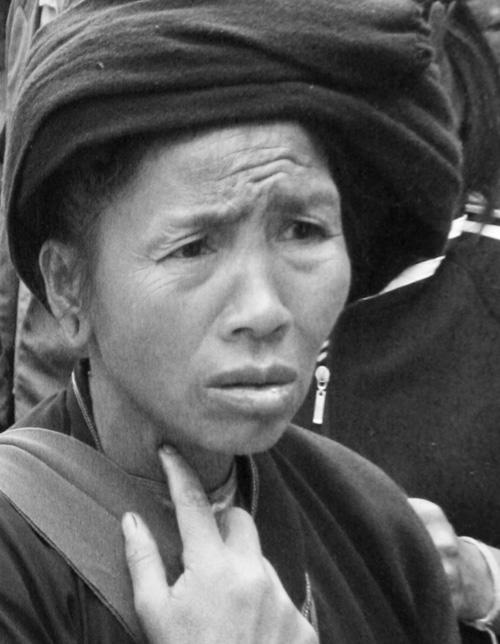 Bulang Women Xiding Market