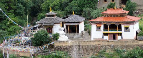 Buddhist Temples near Cizhong