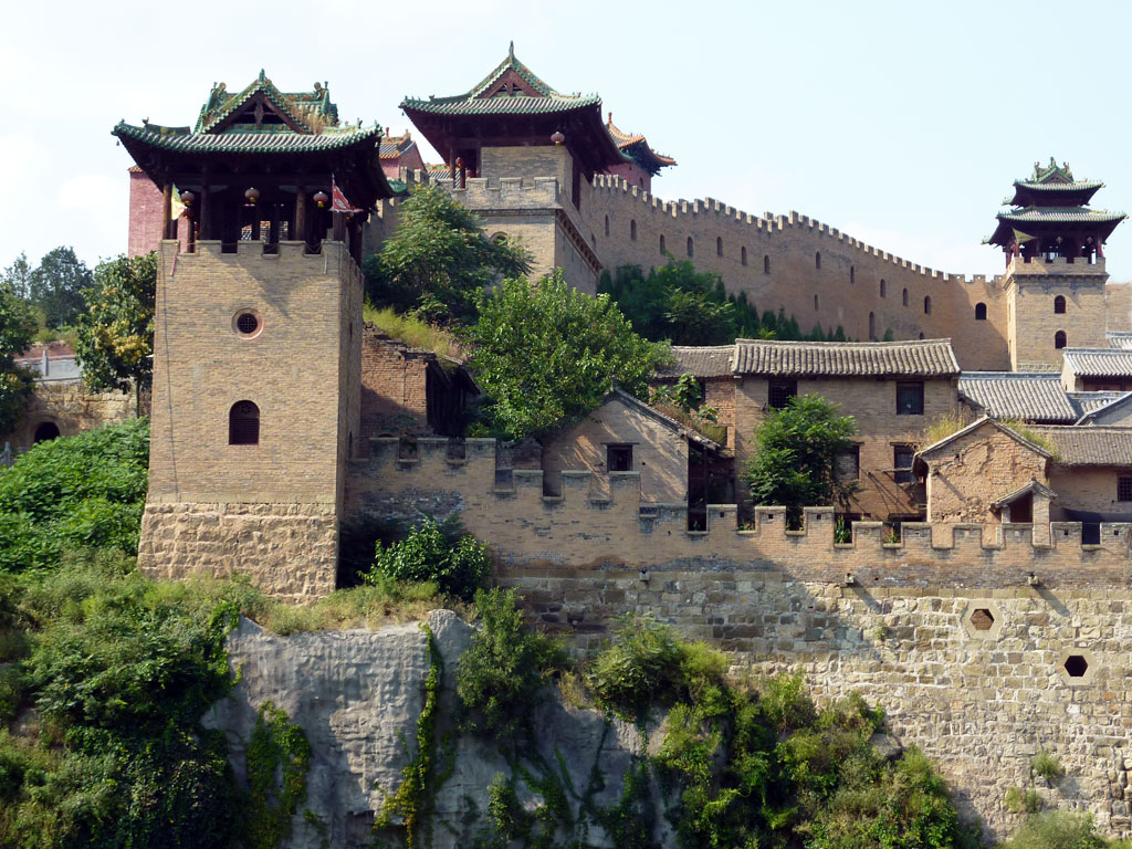 View from the outside Xiangyu Castle 湘峪古堡