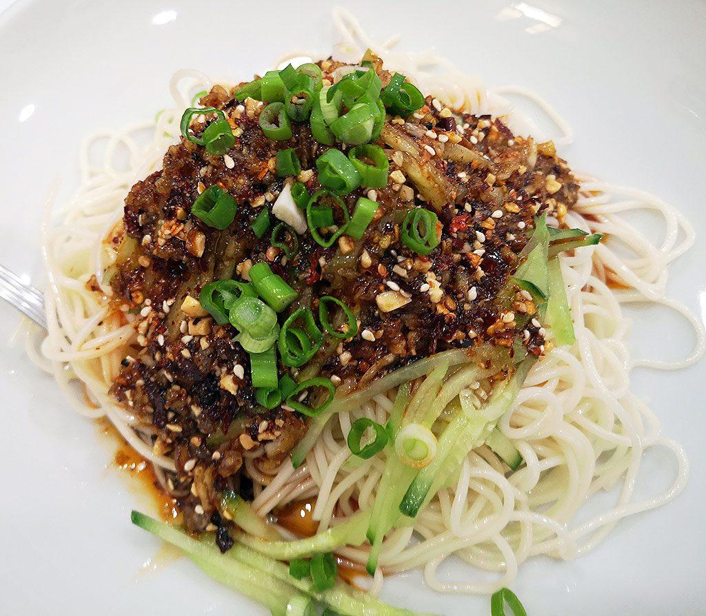 四川凉面,cold Sichuan noodles
