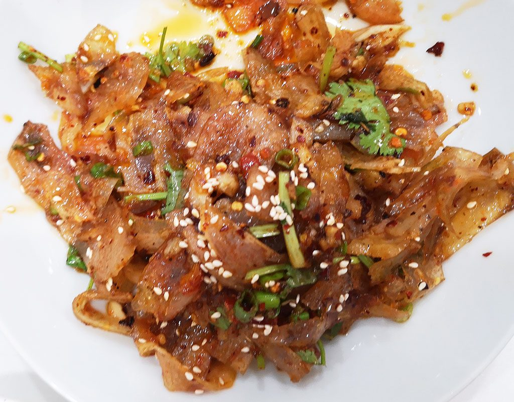 Spicy tendons 凉拌牛筋 Authentic Sichuan Food in Madrid