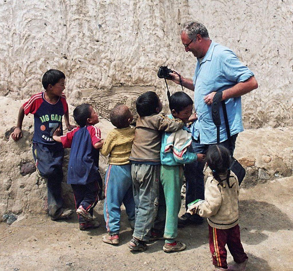 children in Shalu Monastery 夏鲁寺: Tibet