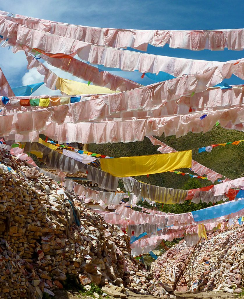 prayer flags at the The Original Yushu Seng-ze Gyanak Mani Wall before the 2009 Earthquake
