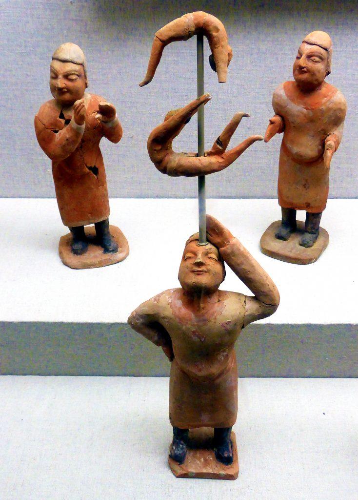 clay acrobats Shanxi Museum: 山西博物院; Shanxi Bówùyuàn: Taiyuan