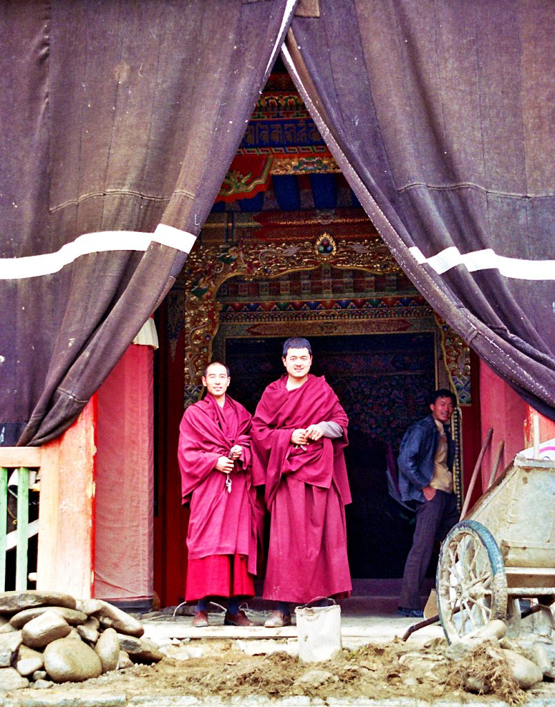 tibetan monks tongren
