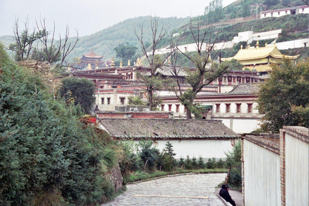 monasteryin tongren qinghai province