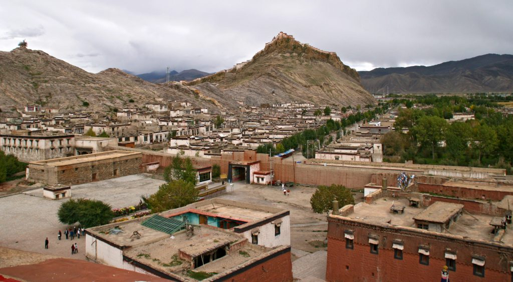 Gyantse Old town seen from the Kumbum