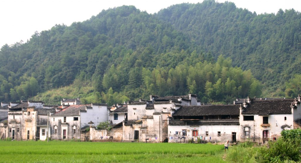 One of China's Most Stunning Villages: Hongcun 洪村 (Wuyuan 婺源, Jiangxi 江西省 Province) Ancient villages of Wuyuan,