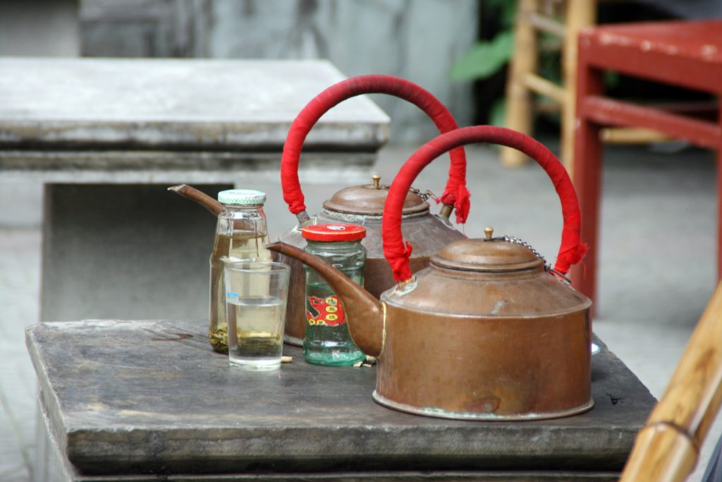 Old teapots Wenshu temple 文殊院, Chengdu 成都