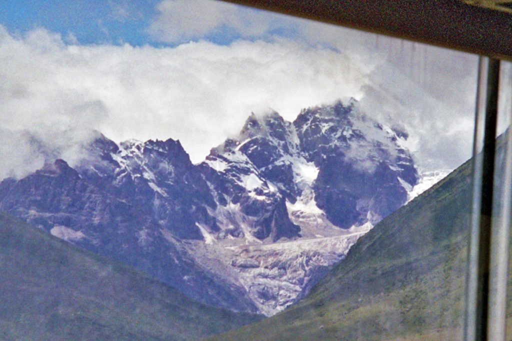 Chola Pass from bus window