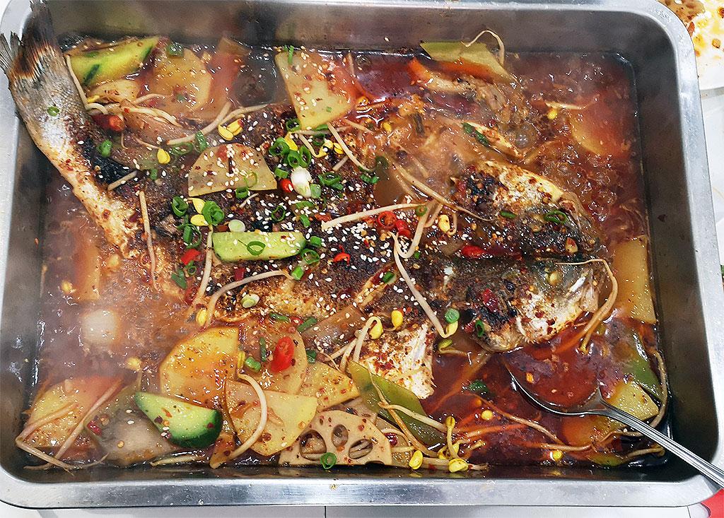 Chinese Restaurants in Madrid: Chongqing Wanzhou Fish sabor Sichuan Usera Madrid