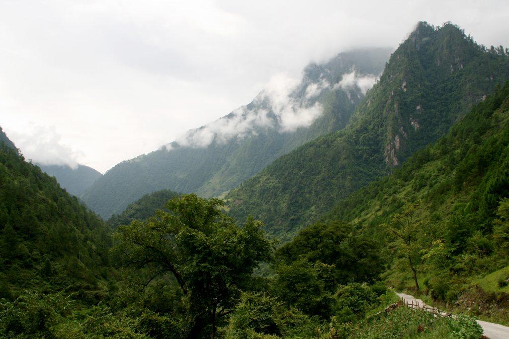 Yunnan Nujiang River Qiunatong