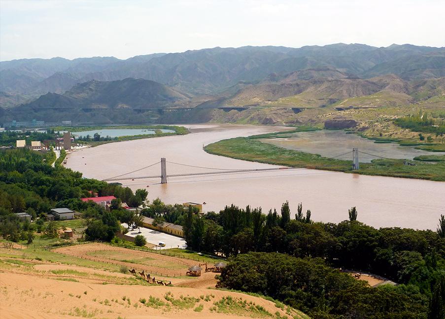 Shapuotou Zhongwei Yellow River Ningxia Hui Province
